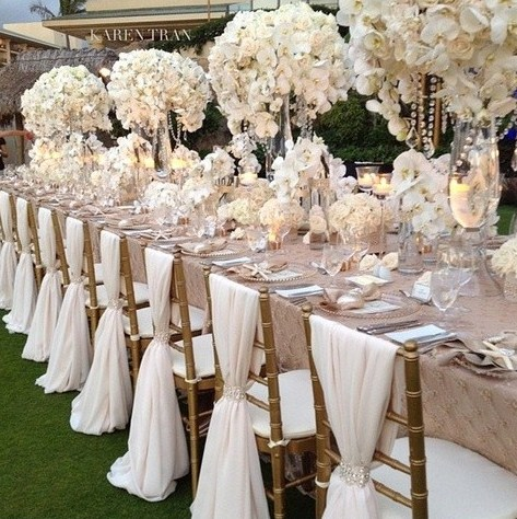 TO DIE FOR, tablescape with whites, champagnes and golds-blovelyevents.com