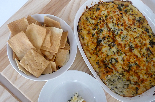 Spinach Artichoke Dip for super bowl party-blovelyevents.com