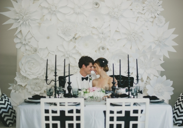 White and Black Wedding and Tablescape