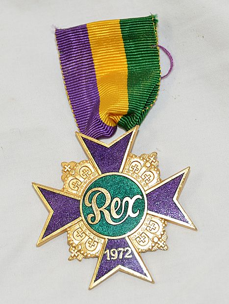 Krewe pin of rex