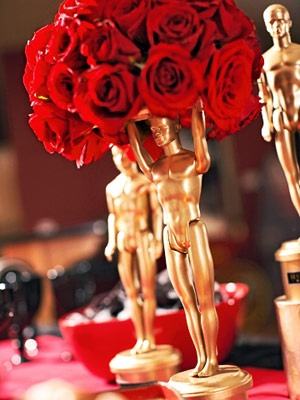 Oscar Awards statue centerpiece