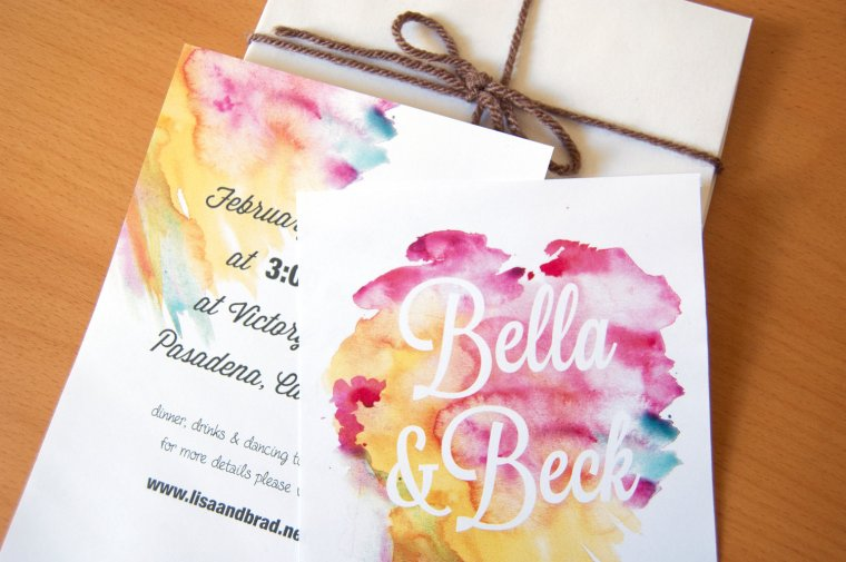 gorgeous-watercolor-wedding-finds-romantic-invitations