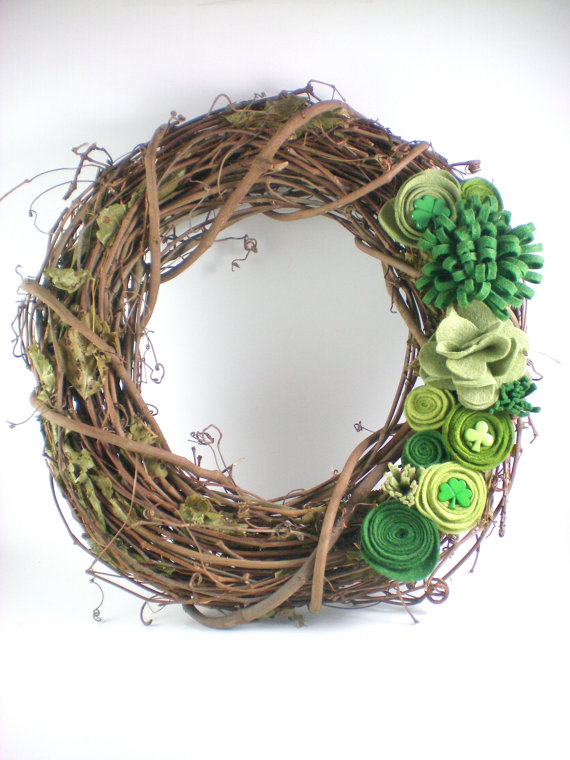 Rustic Shamrock wreath for St. Patrick's Day