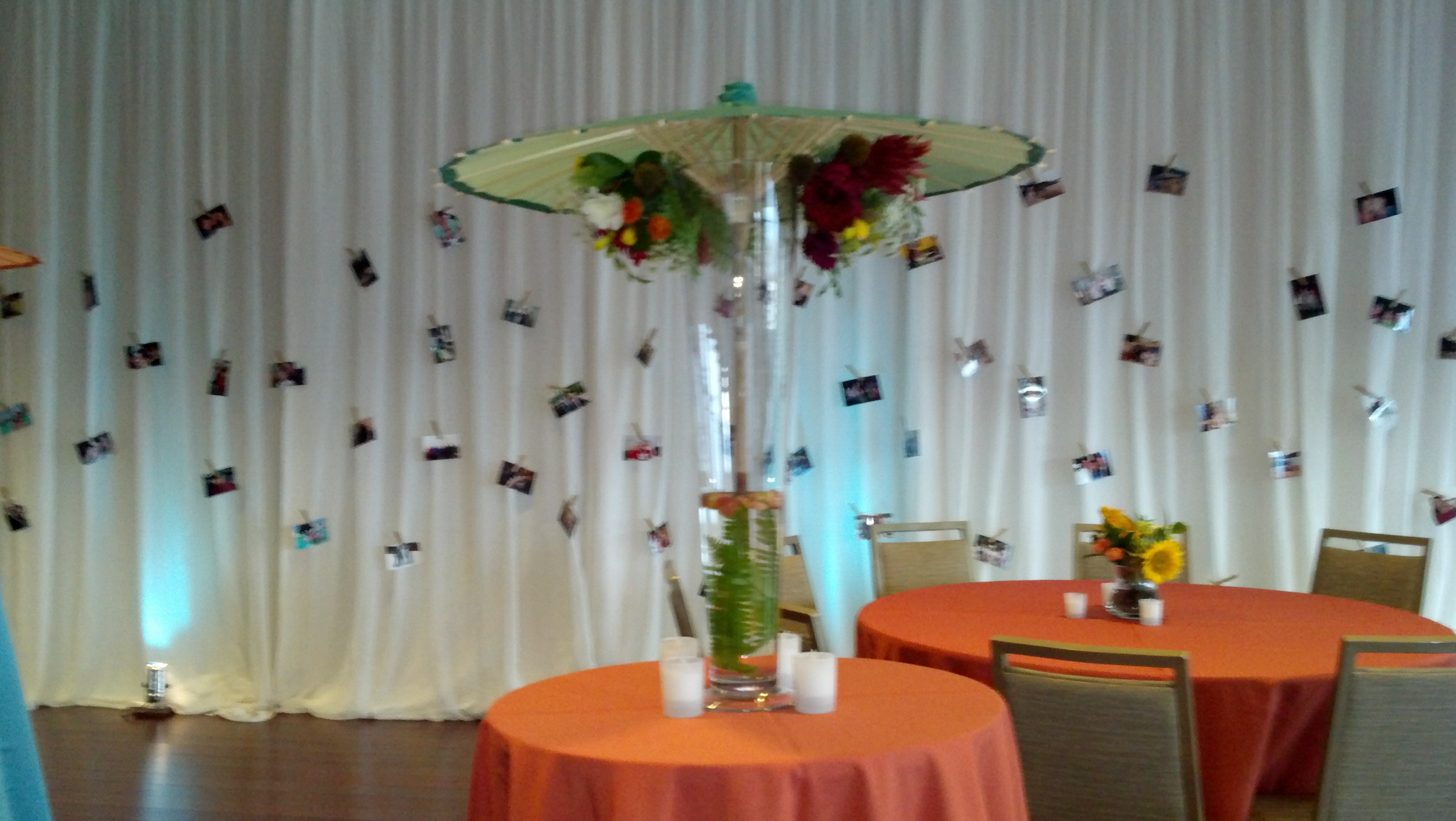 wedding photo display- B. Lovely Events