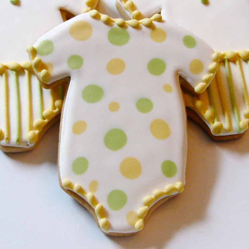 baby shower onesie-dotty-cookies-3