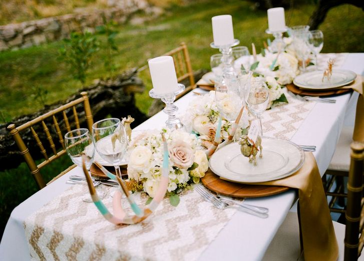 beautiful outdoor rustic glam tablescape