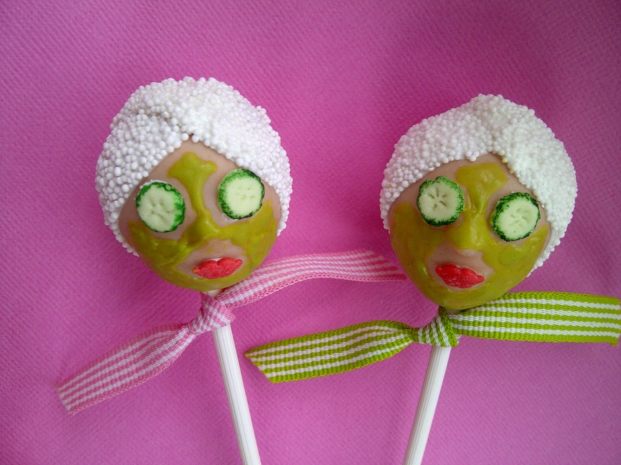 Spa Bridal shower cake pops