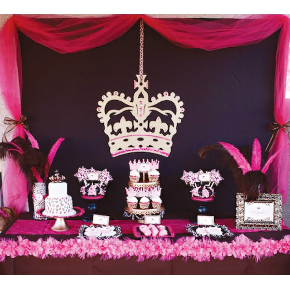 bold and modern princess birthday party