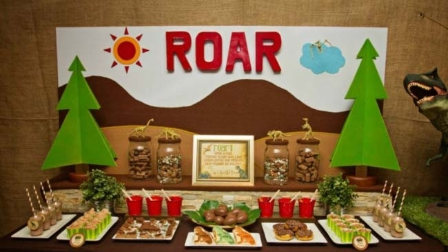 dinosaur birthday party dessert table