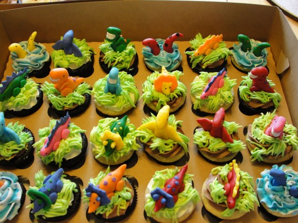 Dinosaur cupcakes for a dino party