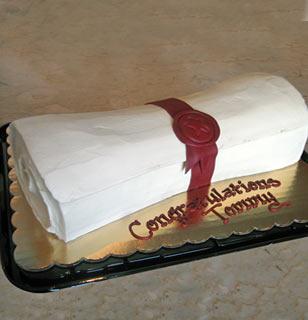 Graduation-Diploma-Cake