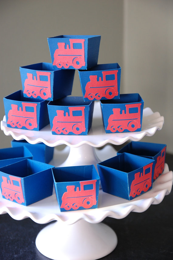 train party favor boxes