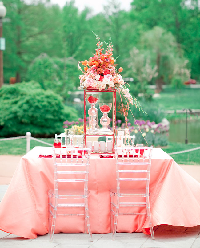 Coral and poppy red inspired tablescape