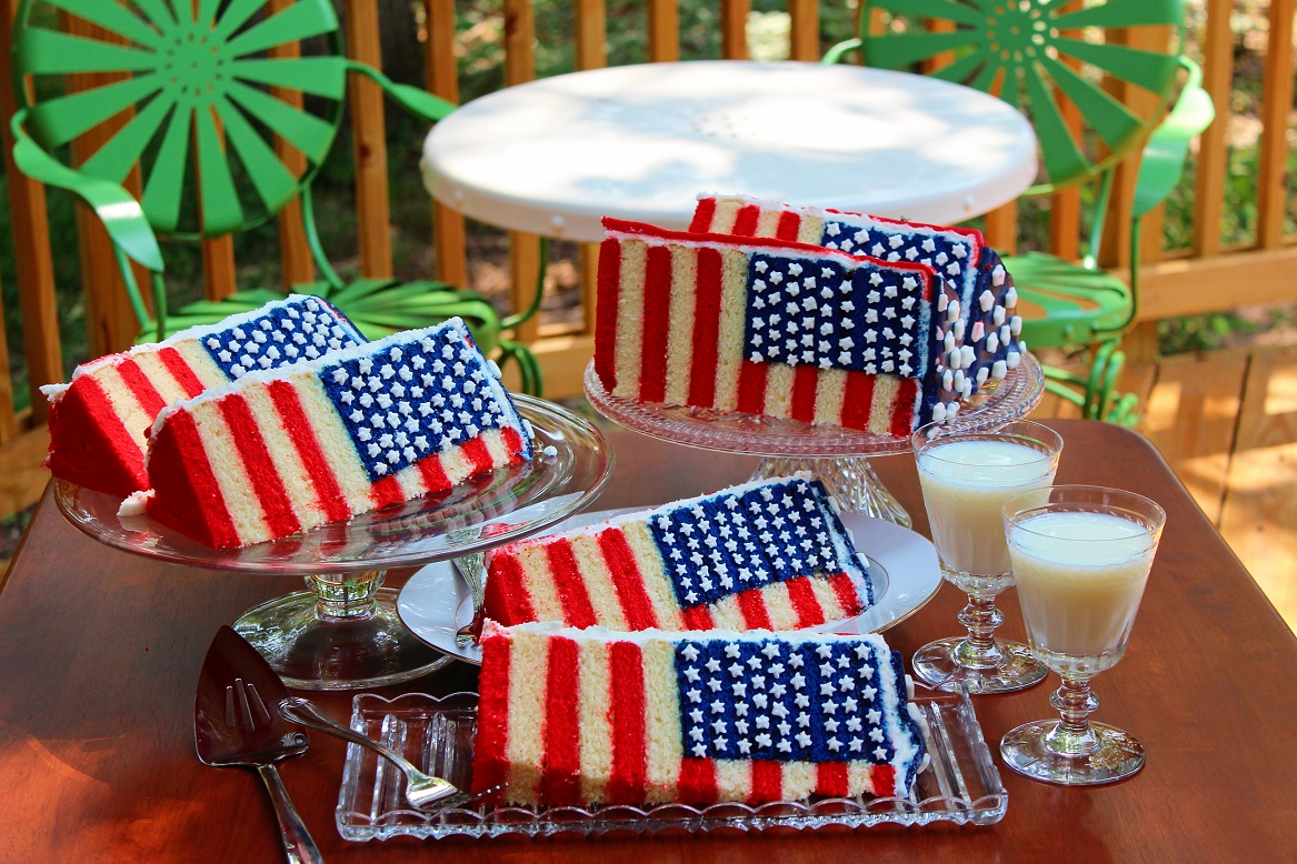 The Glorious Red, White and Blue-For Cake! - B. Lovely Events