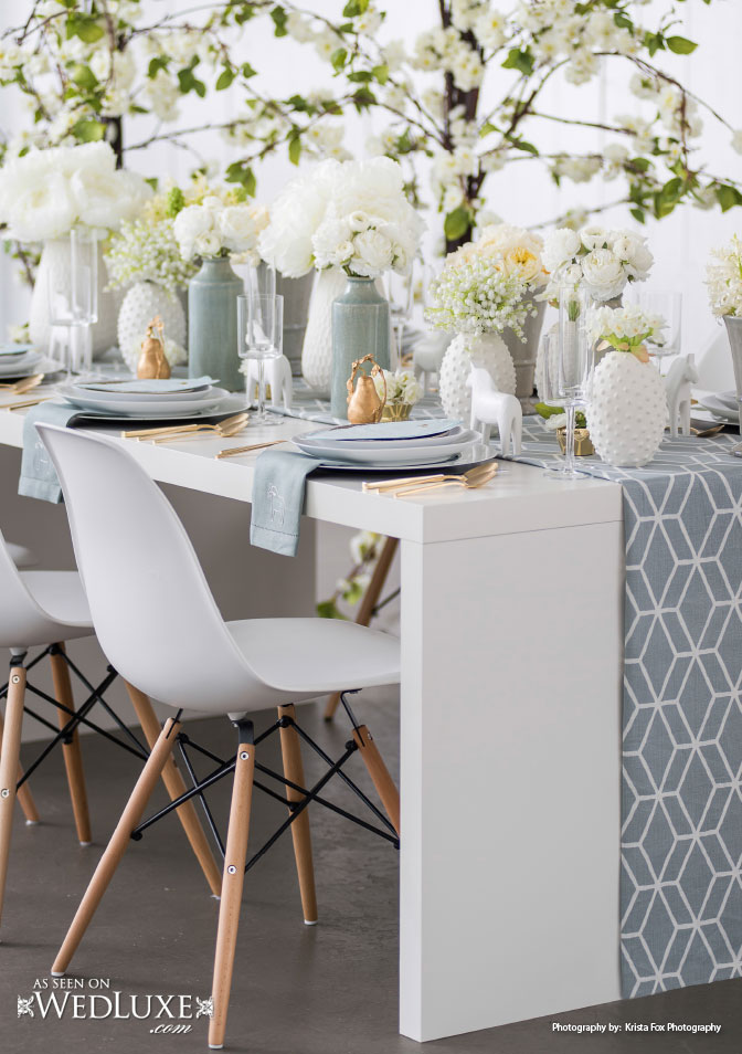 fresh and airy wedding tablescape