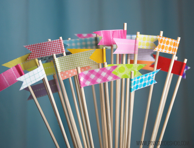 Love these DIY washi tape wood skewers