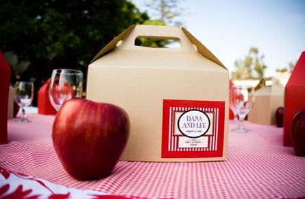 picnic wedding box