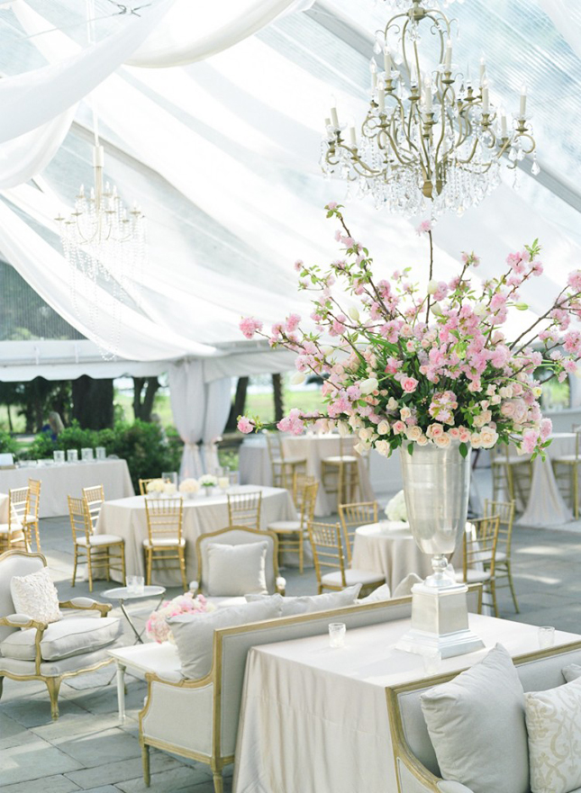 pink, gold, silver and white beautiful centerpiece and tent