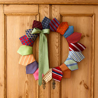 Tie wreath for Father's Day