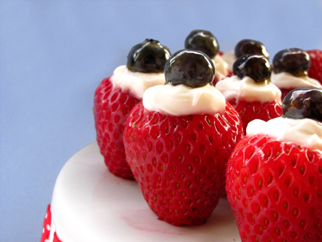 4th of July creme filled strawberries