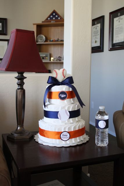 baseball baby shower diaper cake!