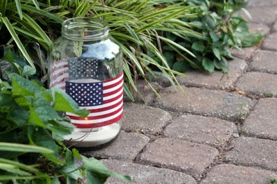 DiY flag jars for 4th of July