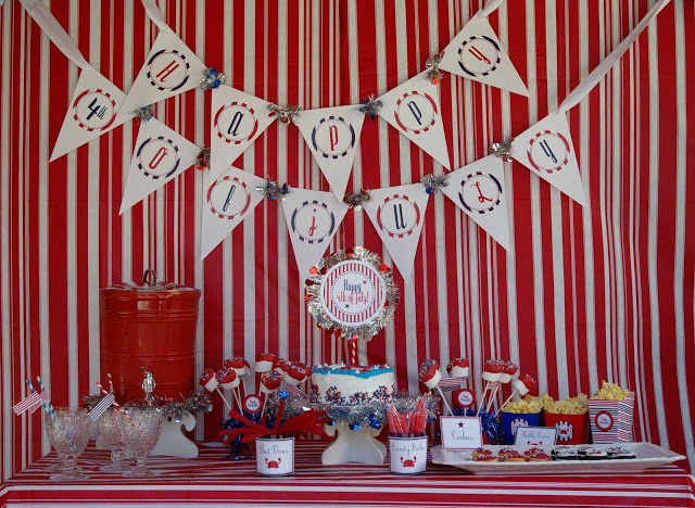 Happy 4th dessert table