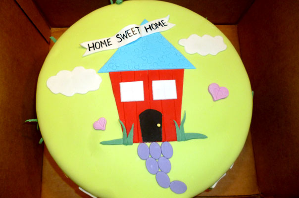 home sweet home housewarming cake & Itu0027s a Housewarming Party! - B. Lovely Events