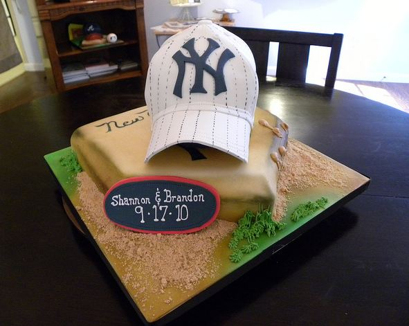 New York Yankees theme grooms cake with baseball cap and home plate