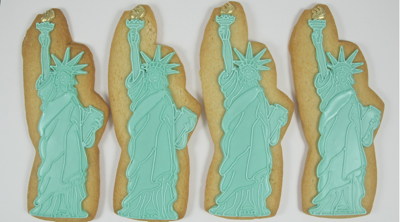 Statue of Liberty cookies for a new york themed party