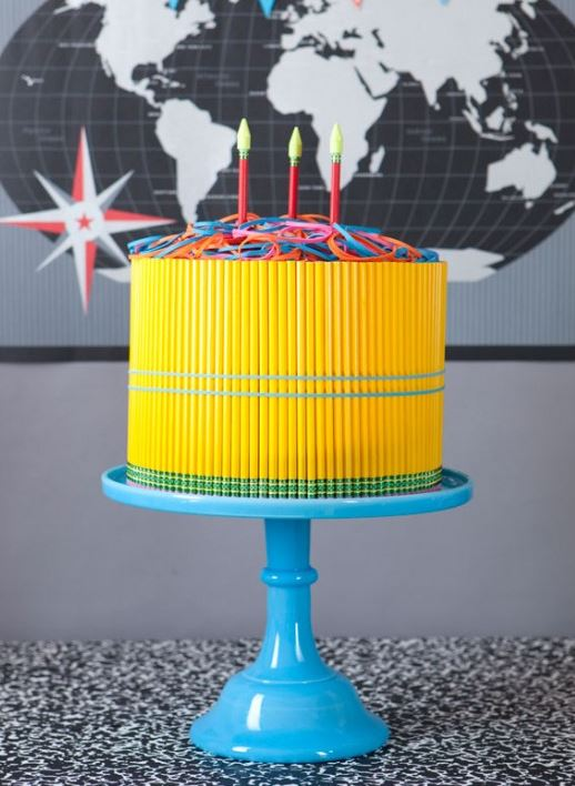 DIY Back To School Pencil Cake!