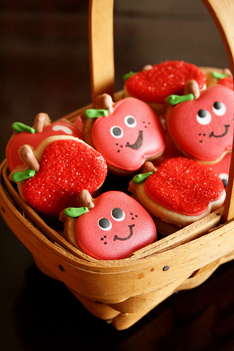 Apples for Back To School! - B. Lovely Events